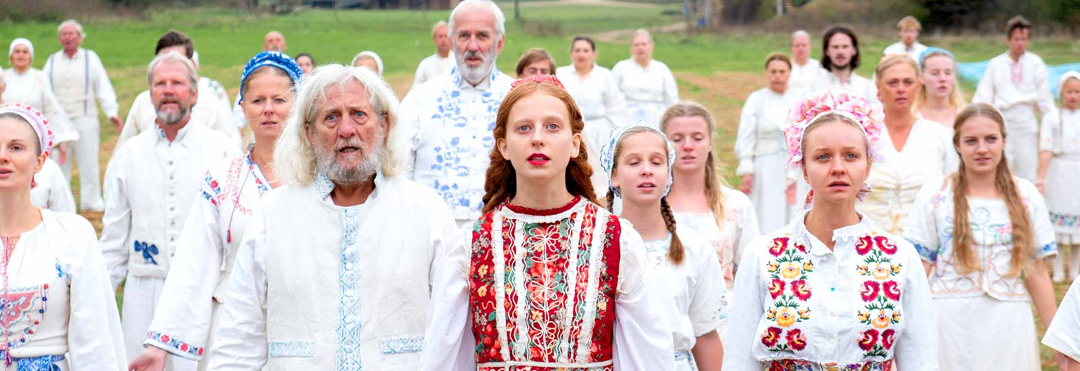 Midsommar - Ari Aster brings the gore but lacks the emotion